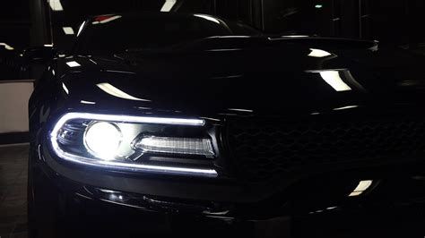 Night Scenes: Dodge Charger Hellcat - YouTube