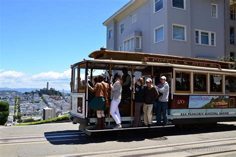 Cable Car at Lombard Street